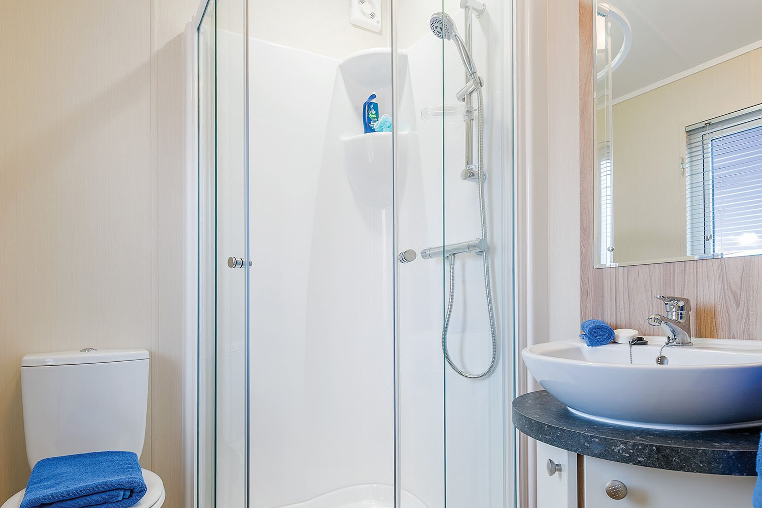 Clearwater Ensuite Shower